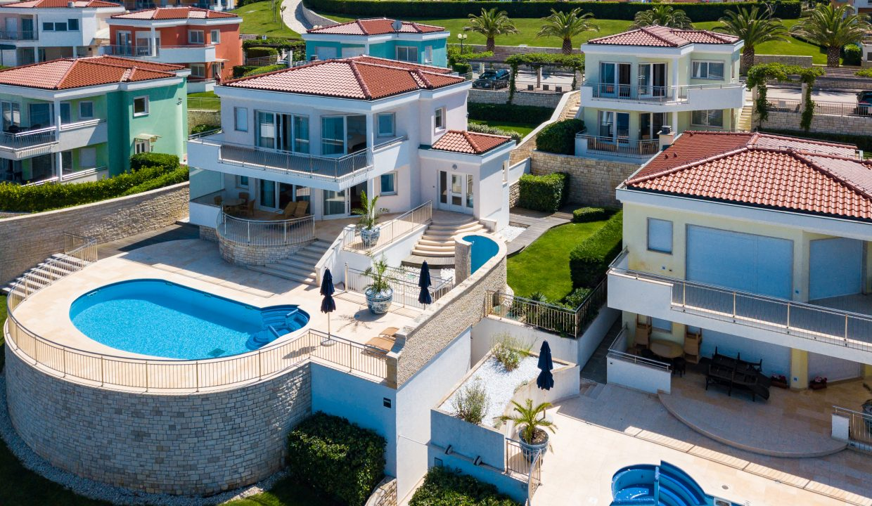 Luxury real estate Farkaš, for sale, vila in golf resort, Umag, 2