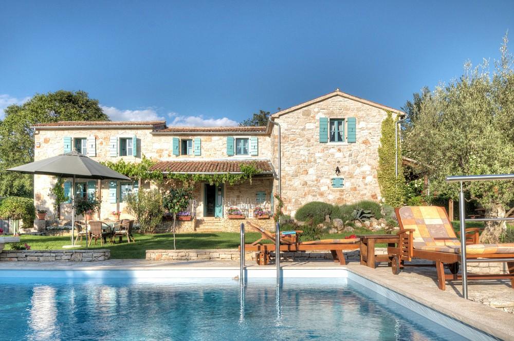 Istrian stone villas Farkaš sells unique stone villa with pool, Poreč