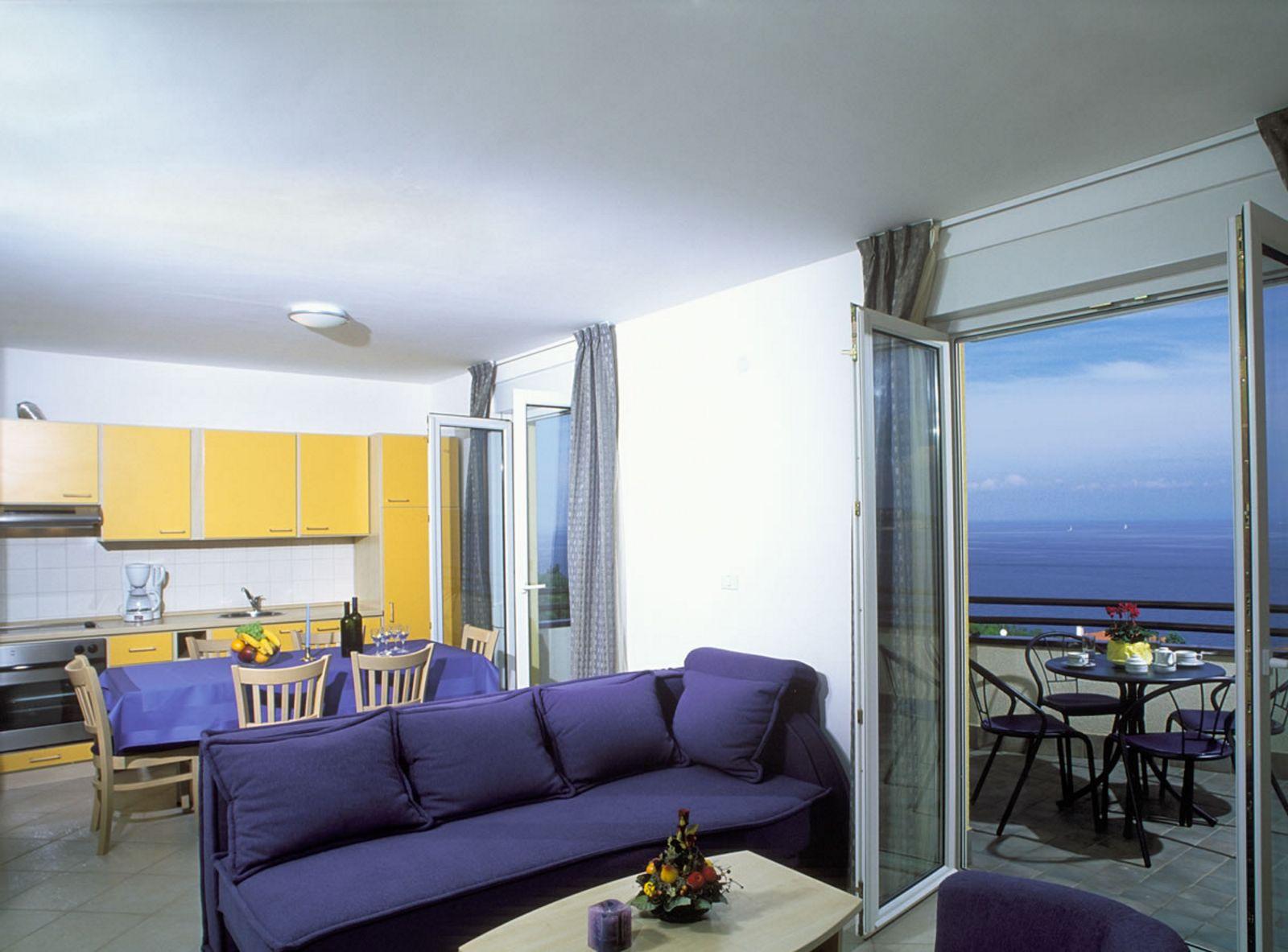 Luxuswohnungen Istrien Farkaš verkaufen Apartment mit wunderschönem Meerblick im Golfresort Umag