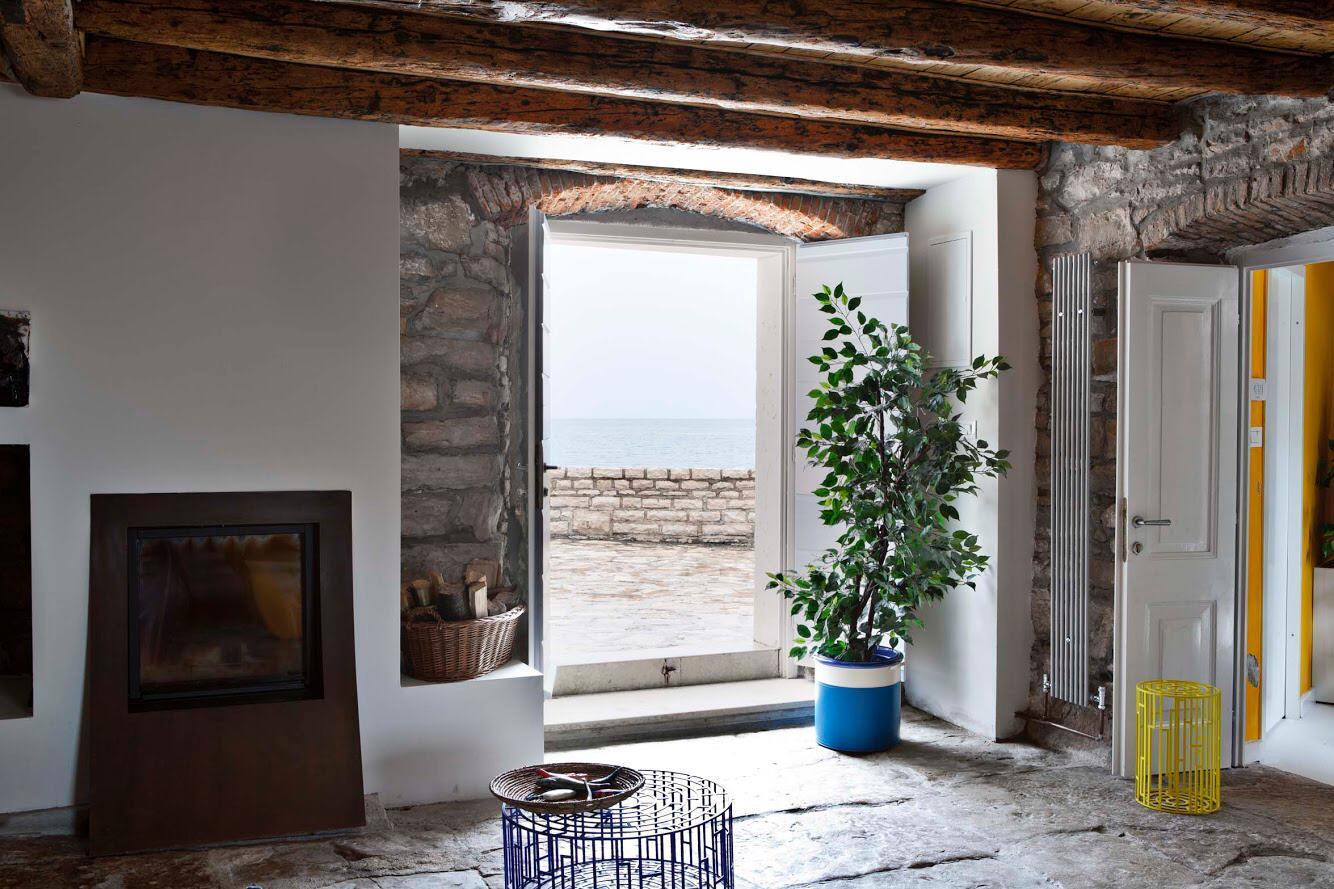Istrische Häuser Farkaš, Steinhaus zum Verkauf erste Reihe vom Meer, Novigrad