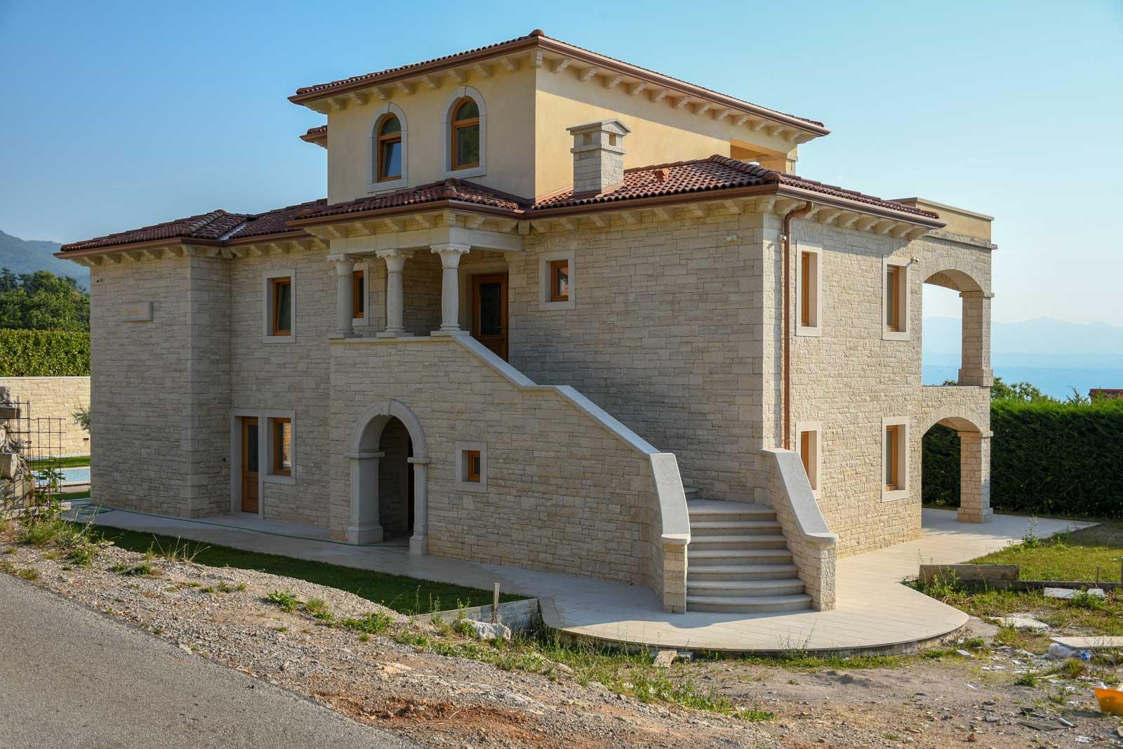 Luxusvillen Opatija Farkaš verkauft eine exklusive Villa mit Swimmingpool in der Nähe von Opatija