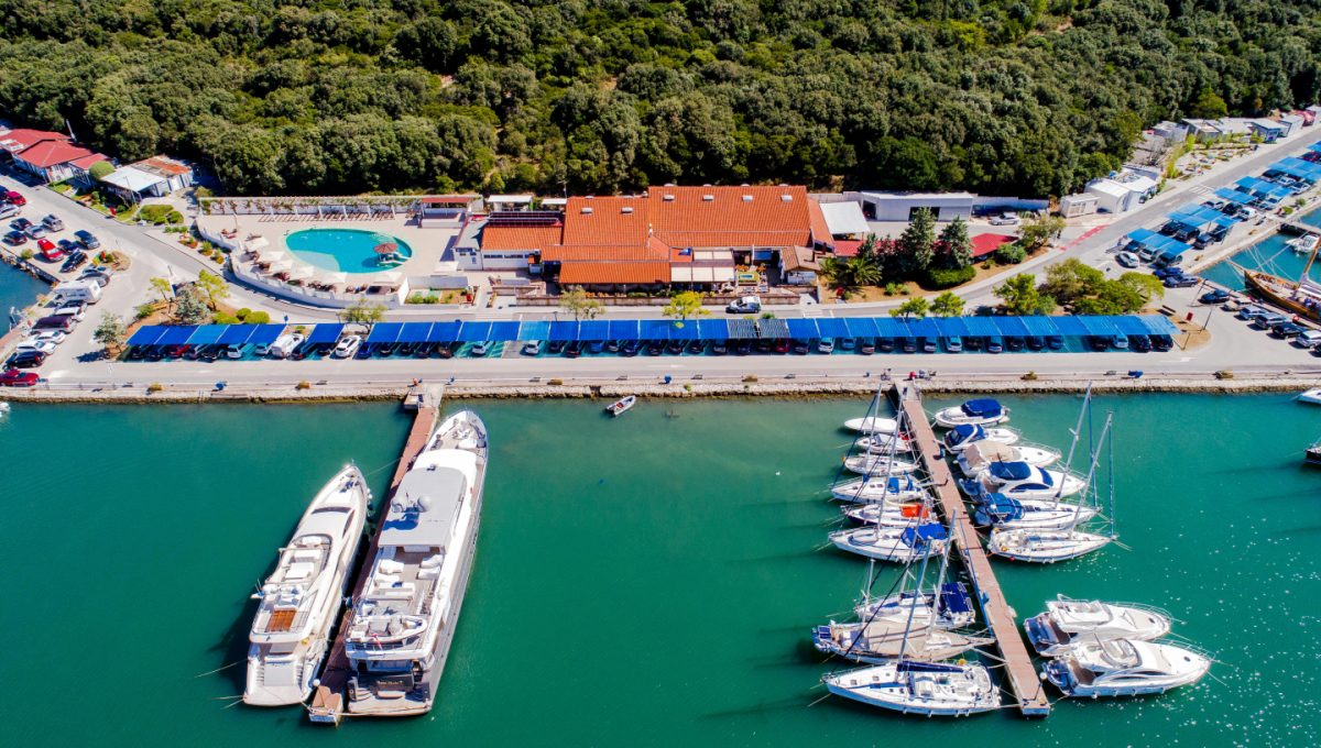 Apartments on the sea for sale Istria Farkaš, new apartments in Pula