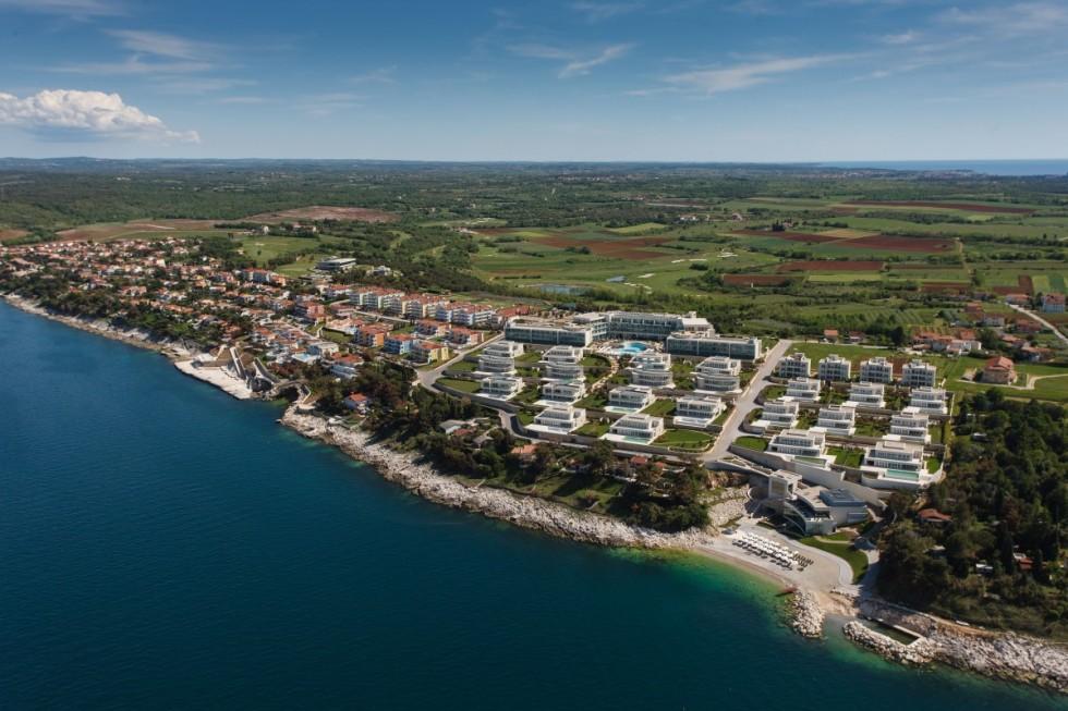 Exklusivverkauf! Luxusapartments Istrien Farkaš verkauft ein wunderschönes Luxusapartment im Golfresort Kempinski.
