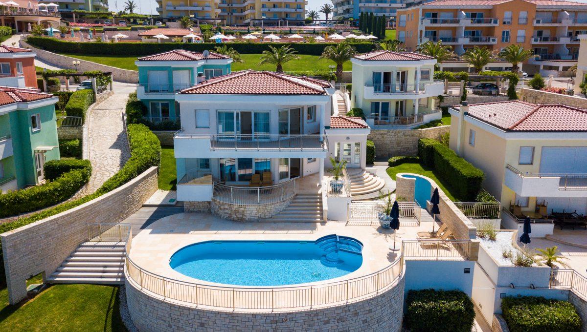 Luxury villas Istria Farkaš sell luxury villa in golf resort Kempinski