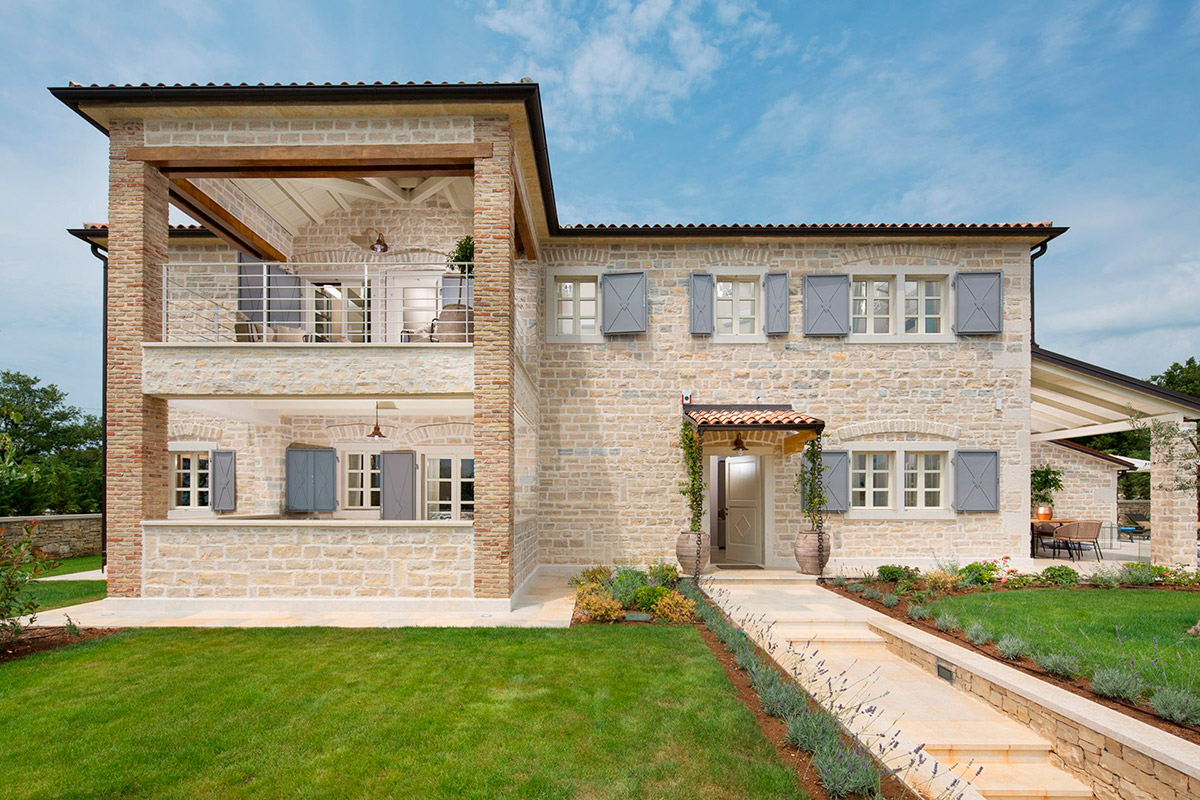Stone villas Istra Farkaš is selling a beautiful, new stone villa, Poreč area