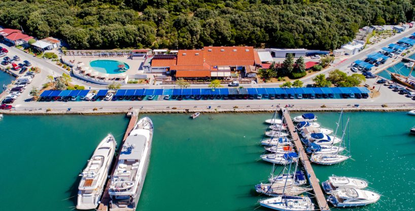 For sale apartments 1st line from the sea, Pula