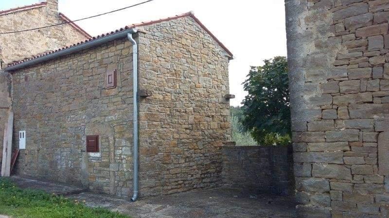 Steinhaus zu verkaufen neben Momjan, Farkaš immo Istrien, 3