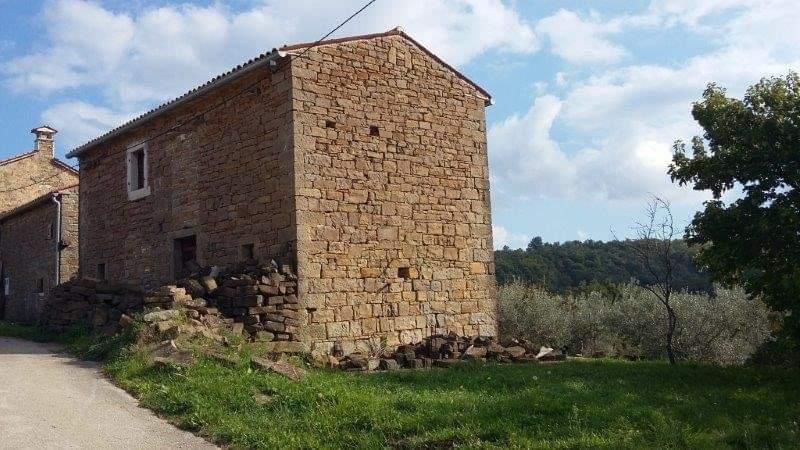 Steinhaus zu verkaufen neben Momjan, Farkaš immo Istrien, 8