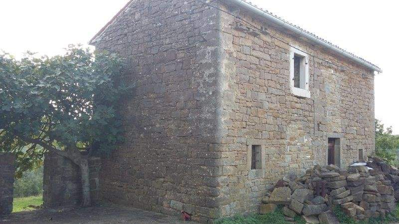 Steinhaus zu verkaufen neben Momjan, Farkaš immo Istrien, 9