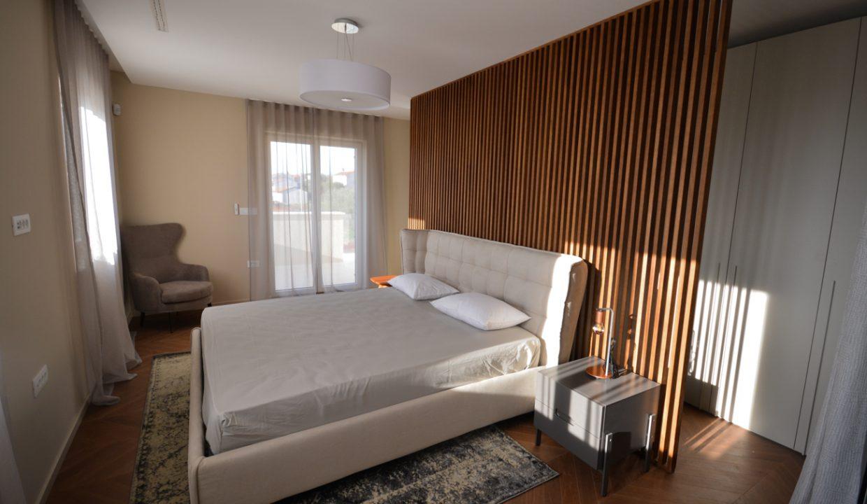 Haus istrien kaufen, Luxusimmobilien Istrien Farkaš, villa mit pool neben Višnjan, 16