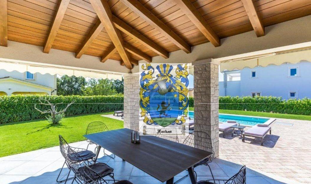 New villas for sale Istria, Real estate agency Farkaš, new villa with pool near Poreč, 4