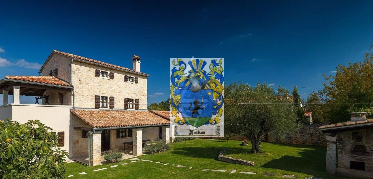 New offer! An autochthonous Istrian stone villa with pool near Rovinj for sale